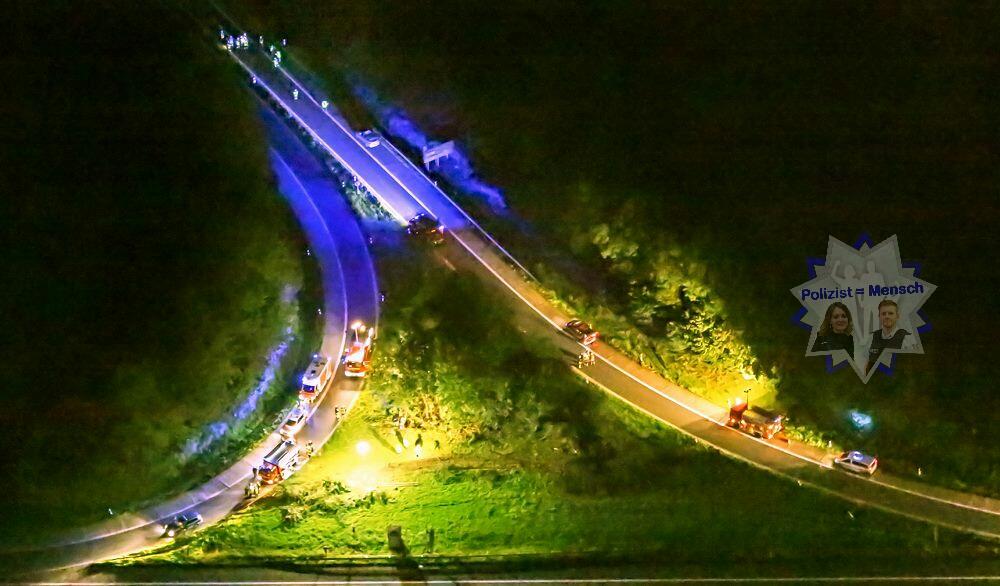 Einsatzstelle bei Nacht