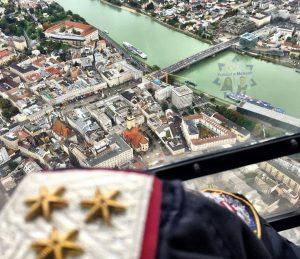Mit einer EC-135 über Linz