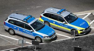 Wegen Parkverstoß: Zehn Polizisten zum Teil schwer verletzt
