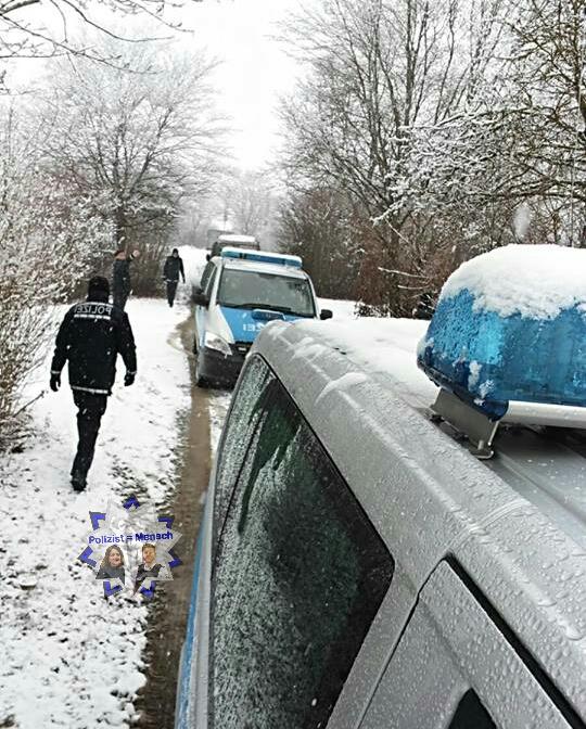 Die Kollegen senden uns allen Grüße aus dem verschneiten Süden ❄️
