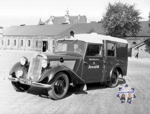 Zeitgeschichte: Radio-Streifenwagen aus den 1940ern