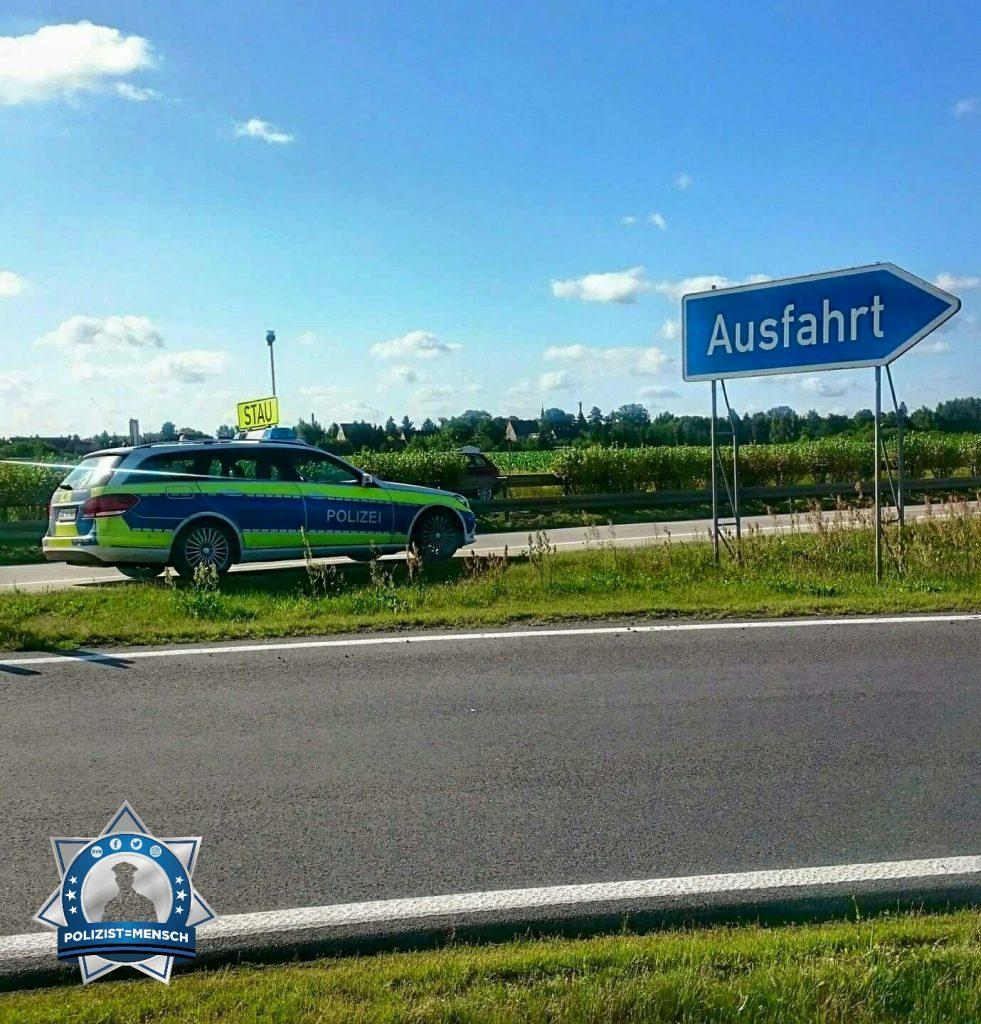 """""""Schöne Grüße von der Autobahn A13, Conny"""""""