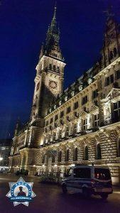 Eine Kollegin aus einem anderen Bundesland hat uns diesen Bildgruß zum Nachtdienst aus Hamburg zugesandt
