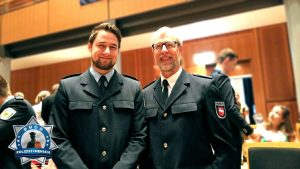 Stolze Polizeifamilie bei Ernennung zum PK der Bundespolizei