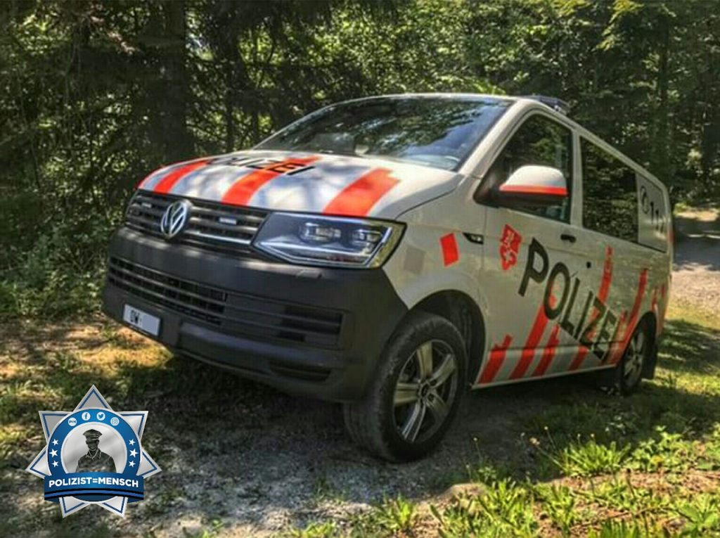 """""""Grüsse von der Kantonspolizei Obwalden! Silvan"""""""