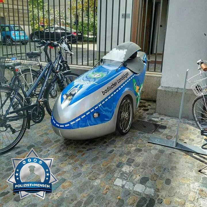 Ein etwas ungewöhnliches Fahrzeug hat Stine neulich in der Altstadt von Basel gesehen