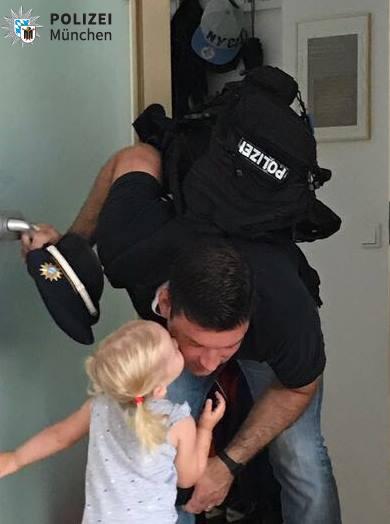 Wenn der Papa zum Dienst muss