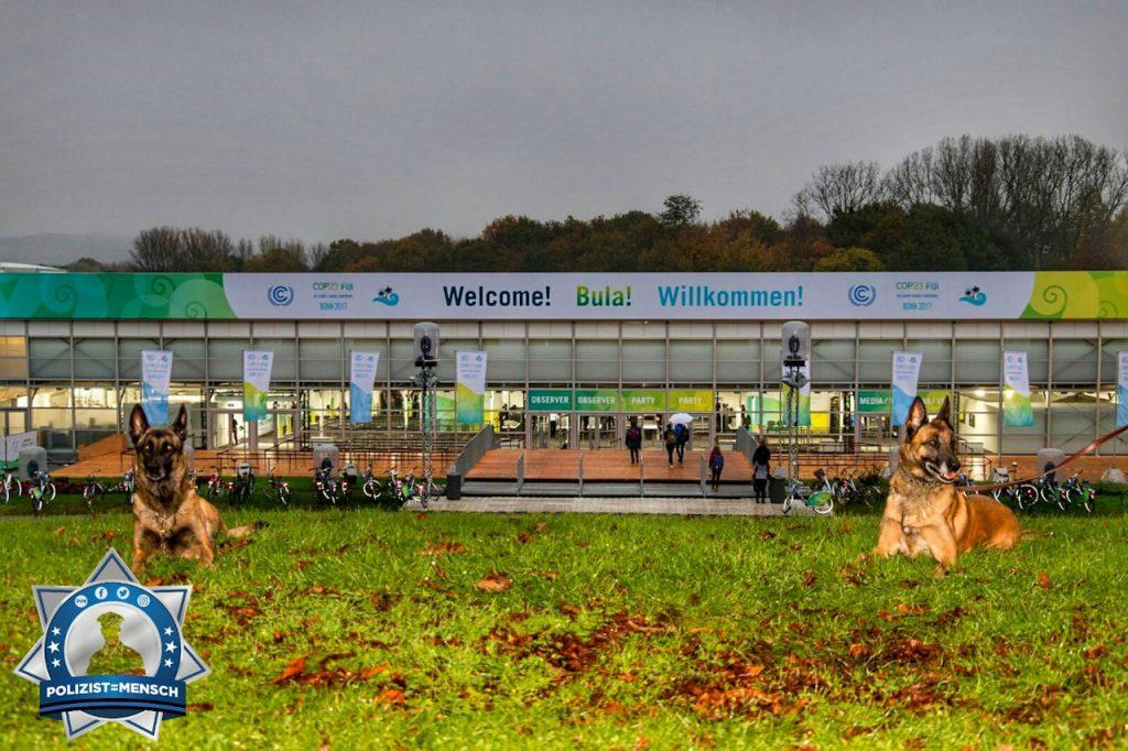 """""""Grüße von der Weltklimakonferenz in Bonn von den Diensthunden Jola und Pepples!"""""""