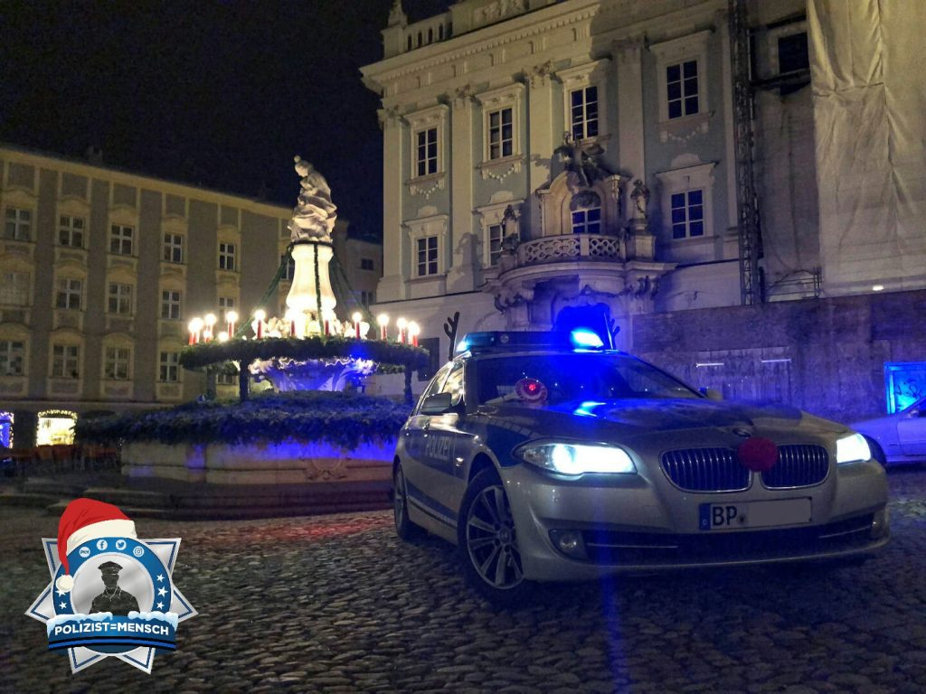"""""""Auch das Bundespolizeirevier Passau möchte viele Grüße und einen guten Rutsch ins neue Jahr wünschen!"""""""