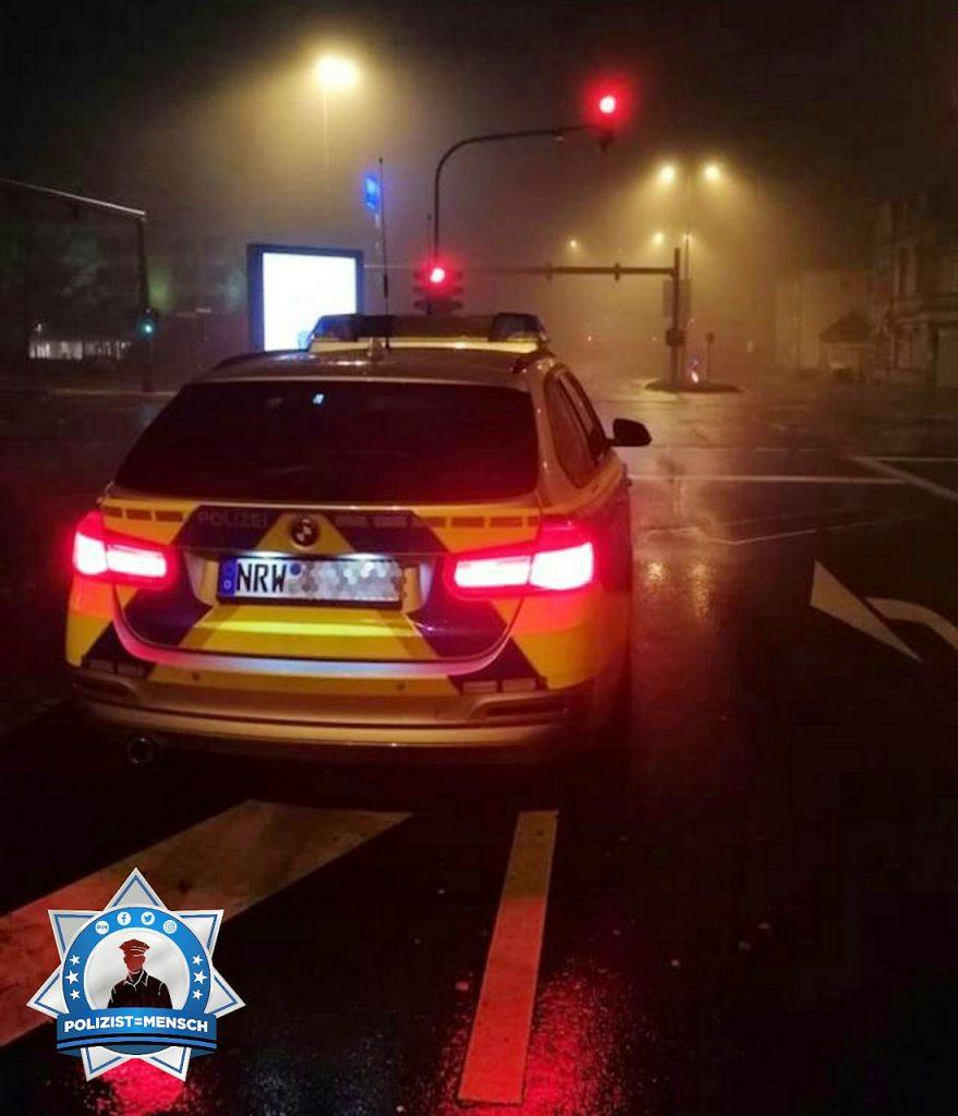 """""""Grüße aus dem Nachtdienst in Wuppertal! Stay safe! Alex"""""""