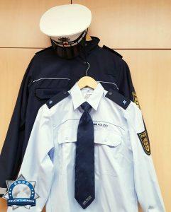 Das erste Mal in Uniform antreten