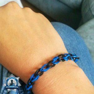 Wenn Mama mit so einem blau-schwarzen Armband liebäugelt