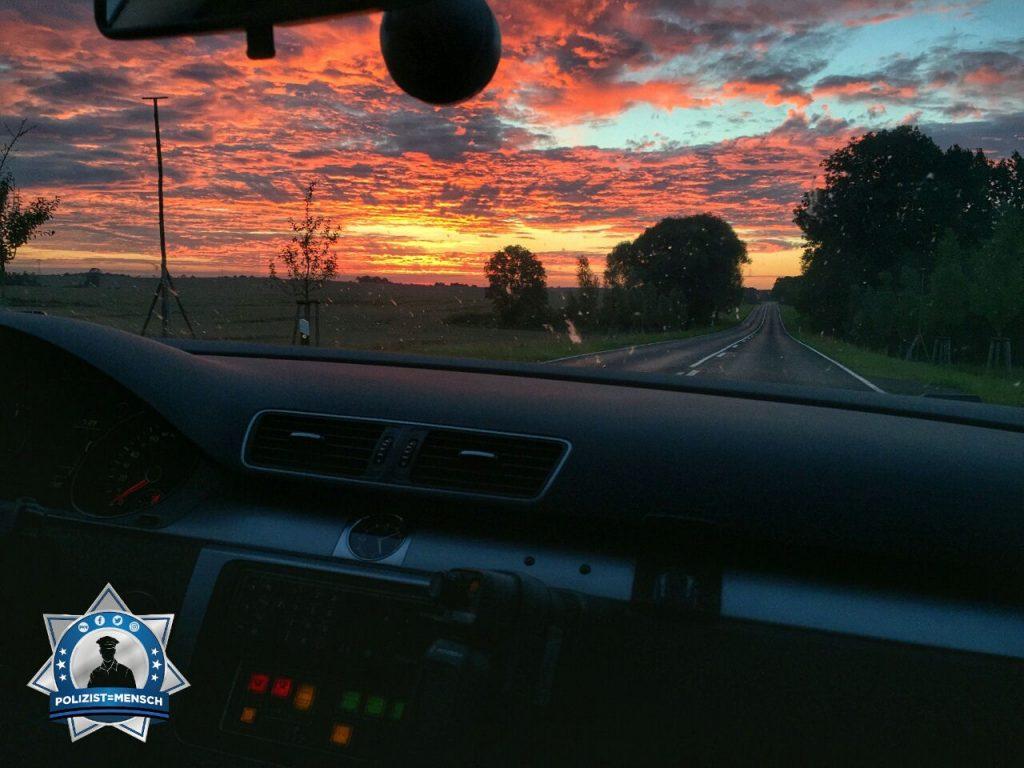 """""""Liebe Grüße aus Schwedt/Oder. Eine lange 12h-Nachtschicht geht zu Ende mit einem tollen Sonnenaufgang. Anke"""""""