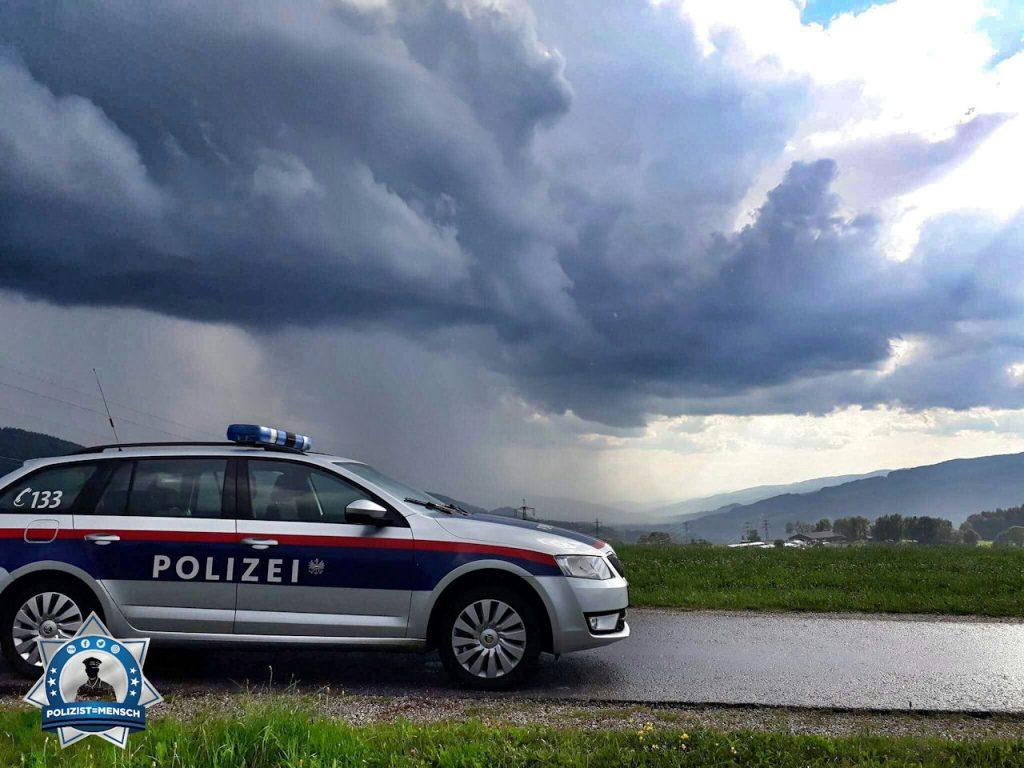 """""""Kommt was, oder bleibt es weg? Lieben Gruß vom Wochenenddienst aus der Steiermark, Martin"""""""