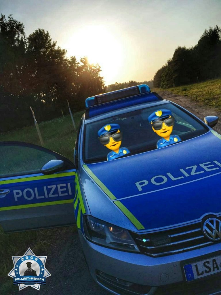 """""""Auch wenn man arbeiten muss, bleibt immer Zeit für einen kleinen Spaß. Liebe Grüße aus dem Landkreis Börde in Sachsen-Anhalt!"""""""
