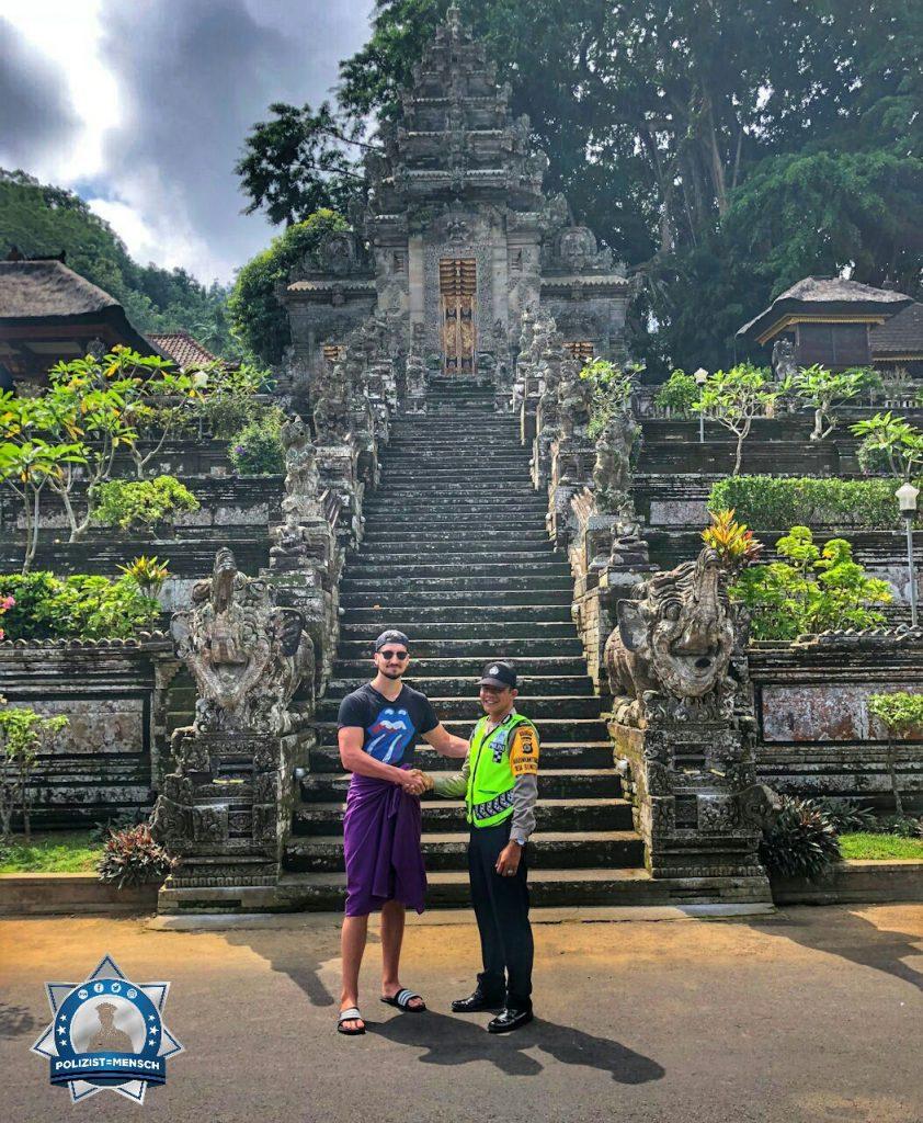 """""""Ich habe bei meinem Urlaub auf Bali einen netten Kollegen von der indonesischen Verkehrspolizei getroffen, Stefan"""""""