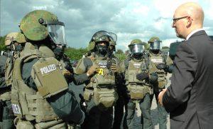 Grundlehrgang bestanden: Polizei Bremen begrüßt elf neue Spezialeinsatzkräfte