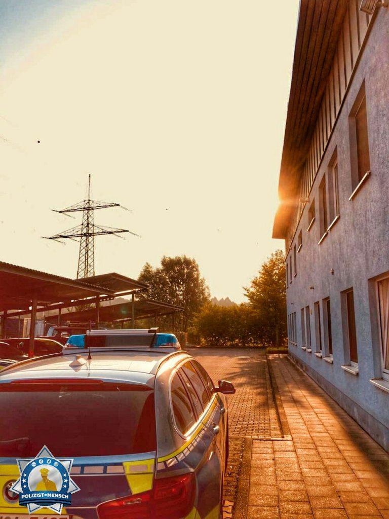 """""""So langsam kommt die Sonne raus. Liebe Grüße aus der Frühschicht von der Autobahnpolizeiwache! Moritz"""""""