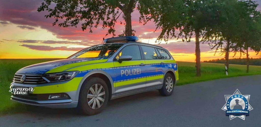 """""""Wunderschöner Sonnenuntergang in der Sächsische Schweiz, Start in eine eher ruhige Sonntag Nacht... Viola"""""""