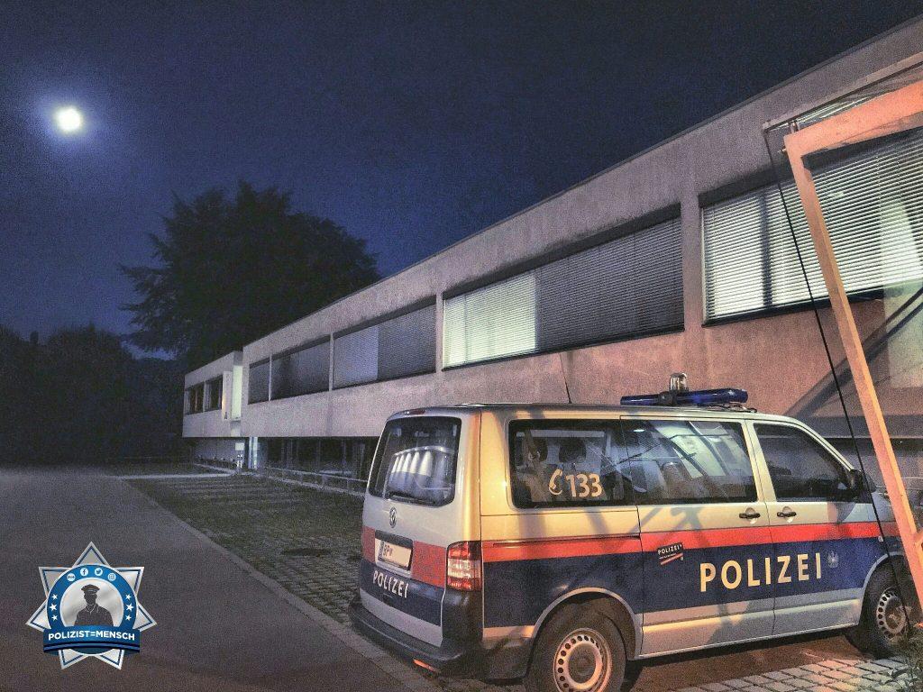 """""""Der Mond leuchtet auf unserer schöne Dienststelle. Stay safe und beste Grüsse aus Hohenems in Österreich! Manuel"""""""
