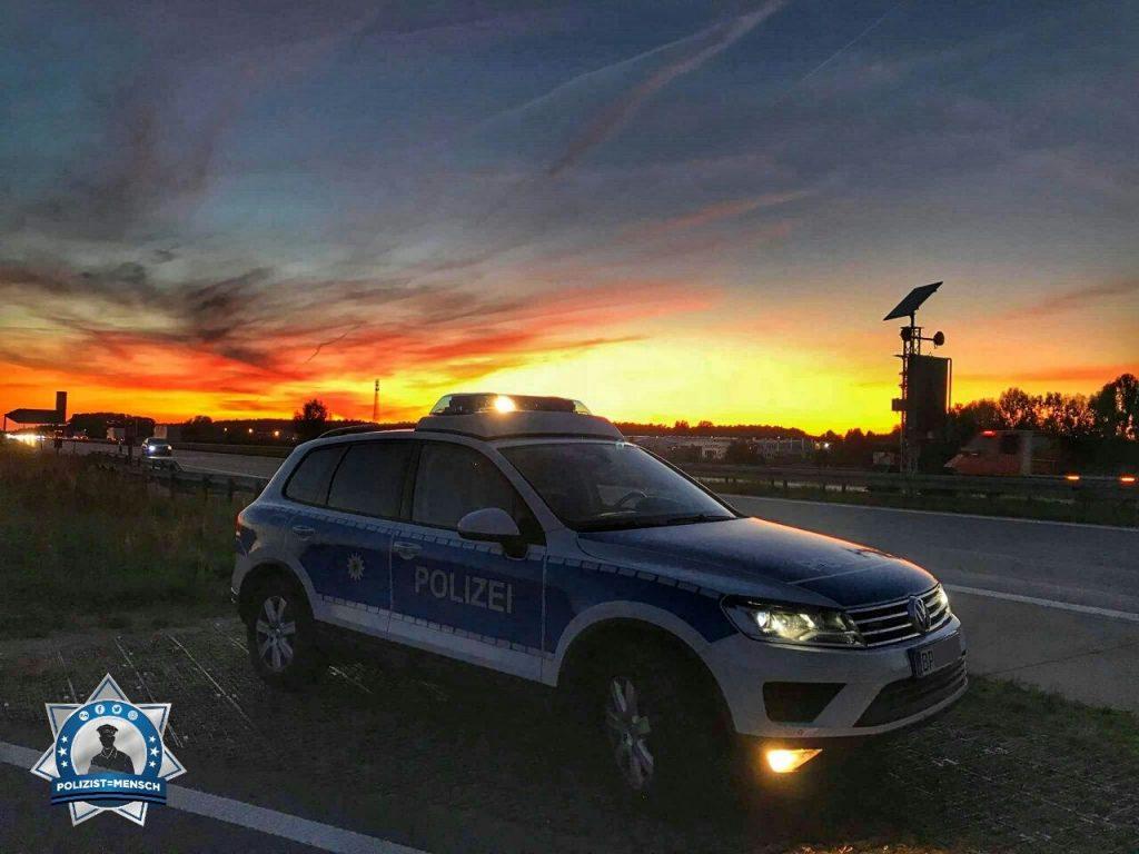 """""""Schöne Grüße aus der Bundespolizeiinspektion Frankfurt/Oder, hier von der A12 Höhe Müllrose. Allen Kollegen eine ruhige Nachtschicht, Jürgen"""""""