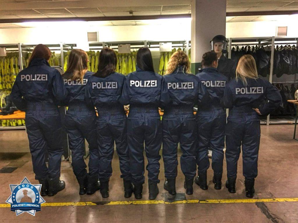 """""""Hey, wir Mädels aus Kassel wünschen allen Kollegen einen schönen Wochenstart!"""""""