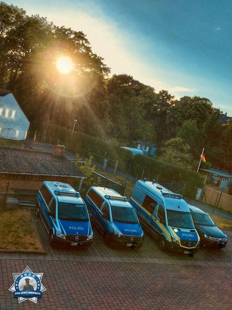 """""""Hallo! Zum Ende der Nachtschicht konnte ich einen wundervollen Sonnenaufgang beobachten. Sonnige Grüße aus Mecklenburg-Vorpommern, Elisa!"""""""