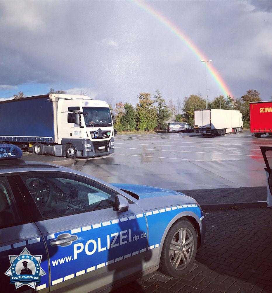 """""""Auch der Regen hat was schönes, wenn dabei ein so schöner Regenbogen entsteht. Liebe Grüße vom Spätdienst der Polizei Alzey, Lisa"""""""
