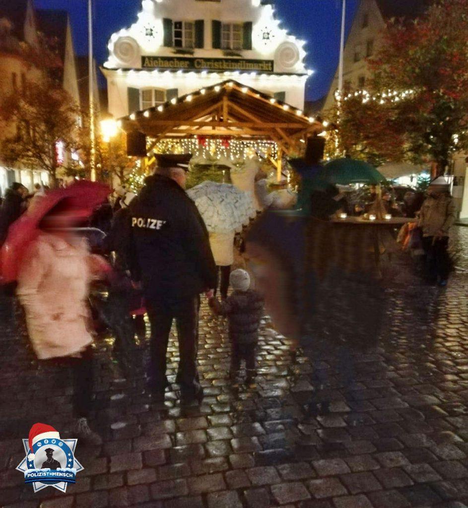"""""""Den Opa auf dem Weihnachtsmarkt besucht ☺️ LG Krissy"""""""
