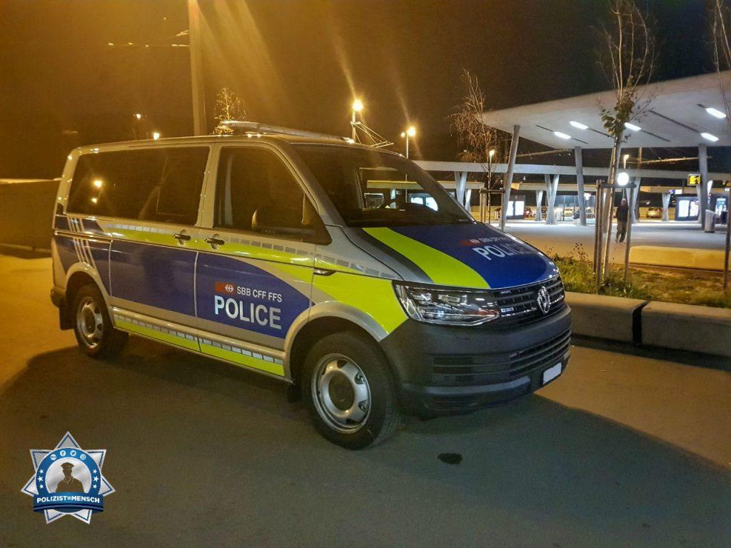 """""""Grüsse aus Zürich (Schweiz) von der Transportpolizei!"""""""