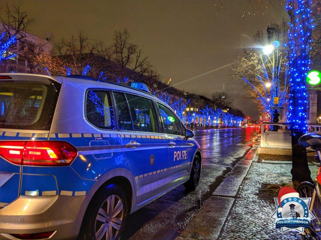 """""""Vorweihnachtliche Grüße aus Berlin, David"""""""