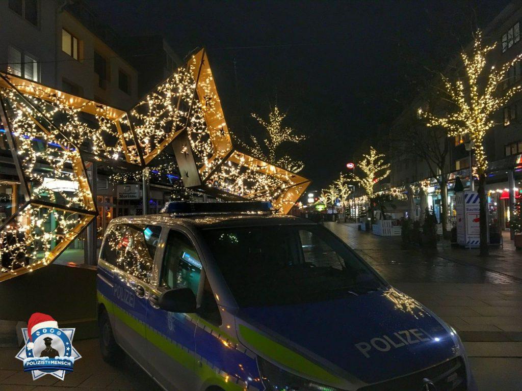 """""""Weihnachtliche Grüße aus der Seestadt Bremerhaven sendet die IPA Verbindungsstelle durch die Kollegen Stefan, Nils und Lutz!"""""""