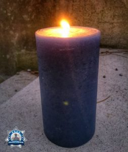 Auch zum Jahreswechsel brennt bei mir die blaue Kerze