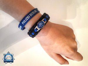 Ich trage das Armband jeden Tag mit Stolz