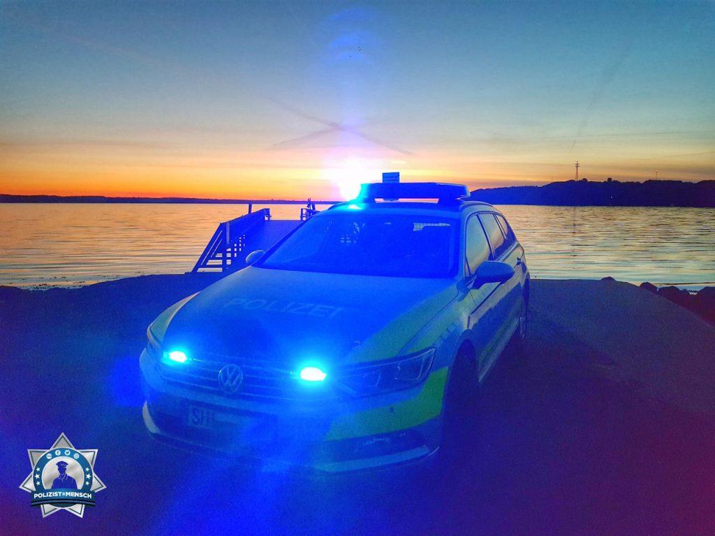 """""""Liebe Grüße vom 1. Polizeirevier Flensburg, Dennis"""""""