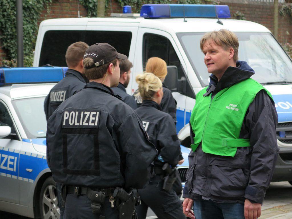 """Gastbeitrag: """"Die meisten Polizisten haben das Herz am richtigen Fleck"""" (Polizeiseelsorger Volker Struve)"""