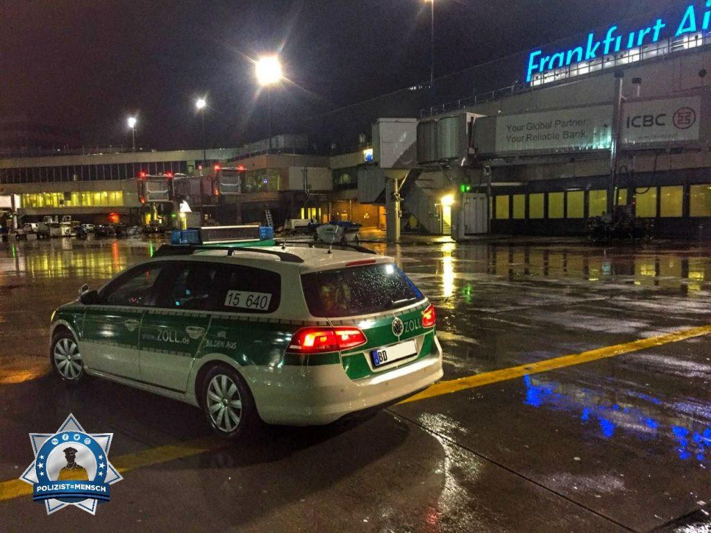 """""""Hallo, auch nachts hellwach. Viele Grüße aus der Nachtschicht am Flughafen Frankfurt! Flo und Andi"""""""