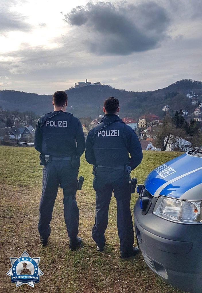 """""""Viele Grüße aus der Spätschicht aus dem thüringischen Eisenach von Toni, Danny und Pierre."""""""