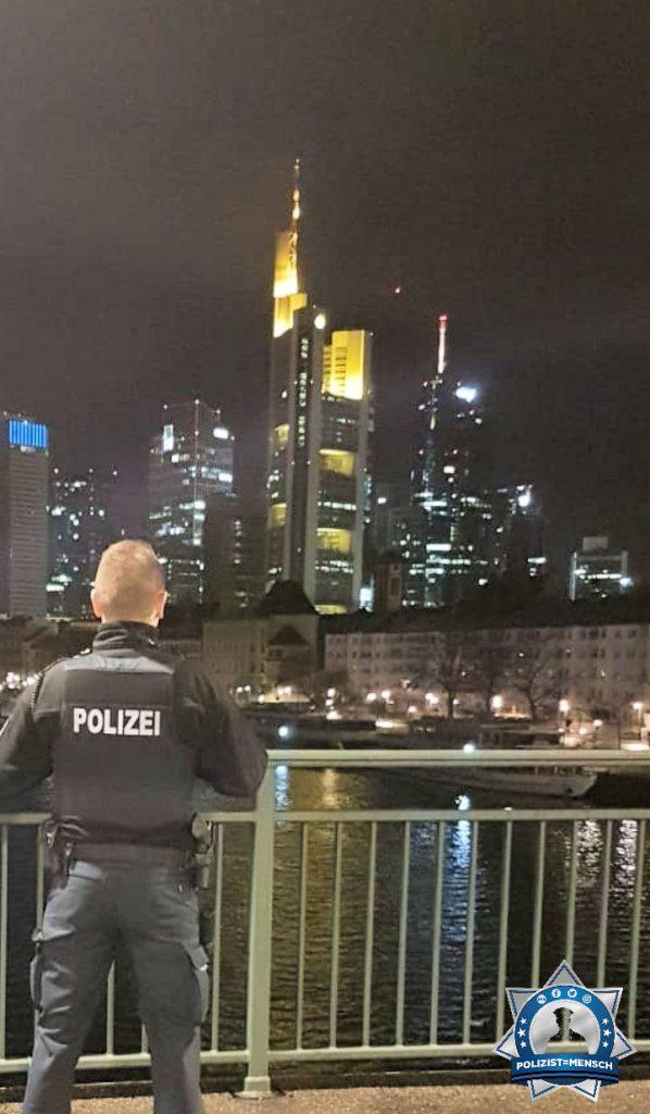 """""""Grüße aus dem Nachtdienst in 'Mainhatten'! Max"""""""