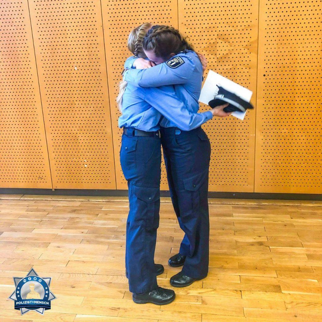 Glücksgefühle: Graduierung und Ernennung zur Polizeikommissarin