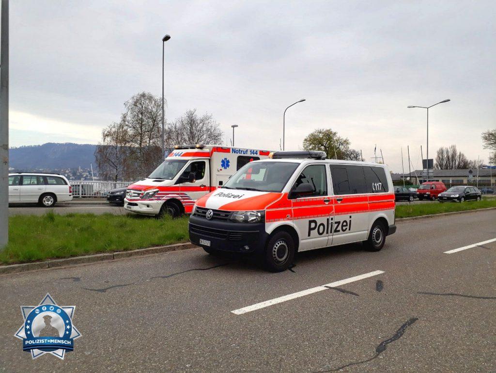 """""""Grüsse aus Zürich. Anlässlich eines leichten Verkehrsunfalls hatte ich Zeit dieses Foto mit der Sanität und unserem Streifewagen zu machen. Madlaina"""""""