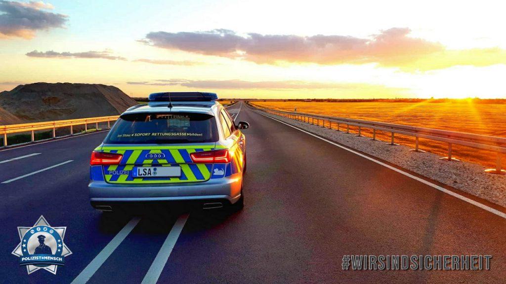 """""""Liebe Polizist=Mensch Team, diesen schönen Sonnenuntergang hatte ich vorhin bei der Spätschicht ☺️. Jederzeit bereit! Liebe Grüße von der Autobahnpolizei Dessau in Sachsen-Anhalt von Sandra ✌"""""""