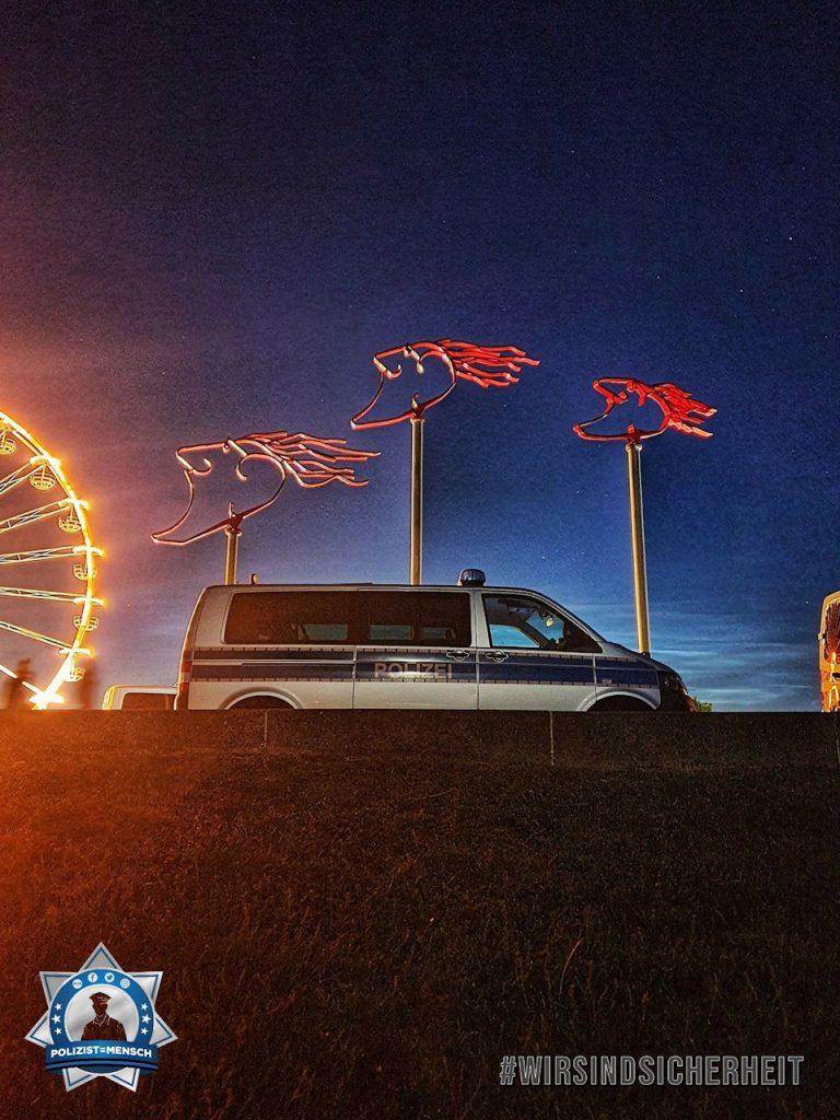 """""""Tag der Niedersachsen 2019 in Wilhelmshaven! Die Windwächter und wir hatten wenig zu tun... gut so. Liebe Grüße von der Waterkant."""""""