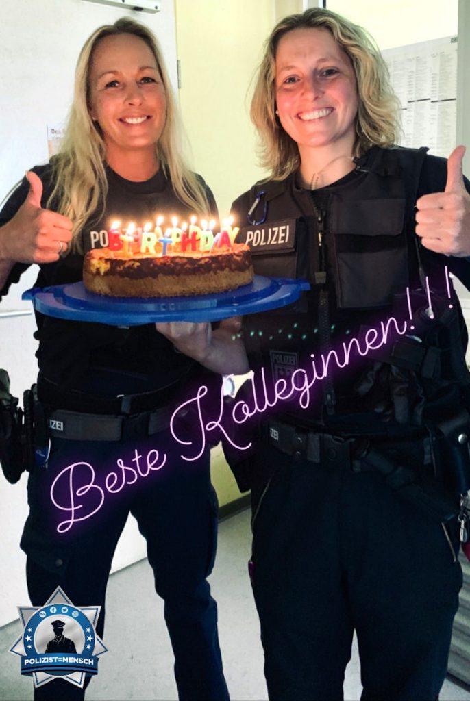 """""""Ich habe von meinen lieben Kolleginnen Corinna und Sandy einen leckeren Kuchen zum Geburtstag bekommen. Vielen Dank, liebe Mädels! Sascha"""""""