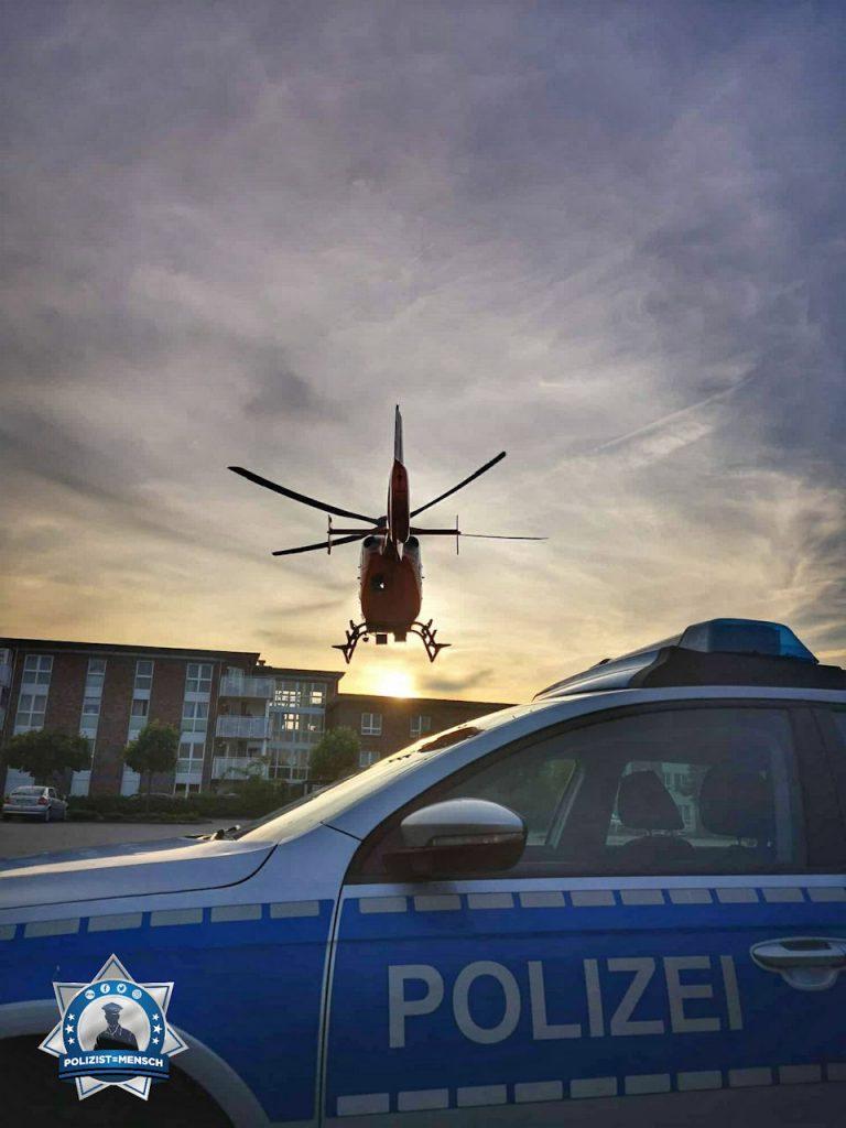 """""""Polizei Lehrte und Christoph 4 haben mal wieder miteinander gearbeitet... Nun fliegt der Christoph dem Sonnenuntergang entgegen. Viele Grüße, Bianca"""""""