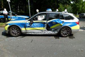 Drei schwere Verkehrsunfälle: Insgesamt 8 Verletzte, darunter eine schwerverletzte Polizistin