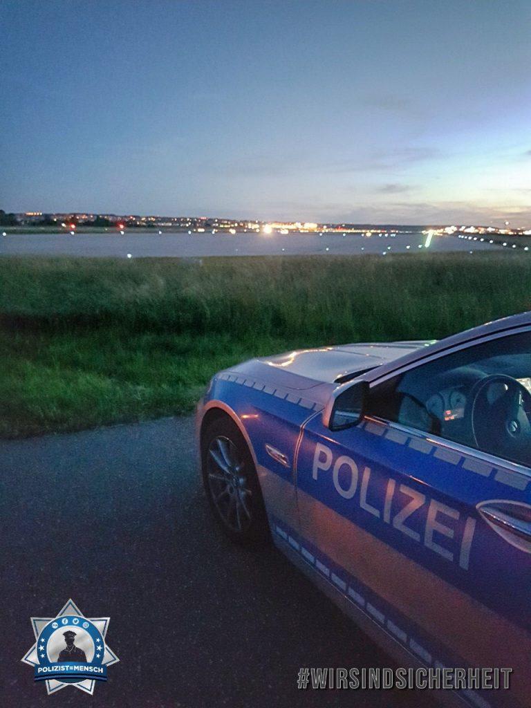 """""""Schönen Abend noch und liebe Grüße vom Flughafen Stuttgart von Pascal und Matze"""""""