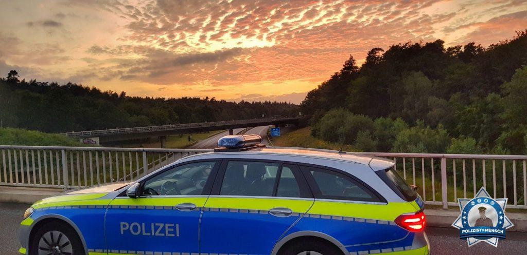 """""""Grüße aus dem Nachtdienst aus Harburg! Das A-Team 🙂"""""""