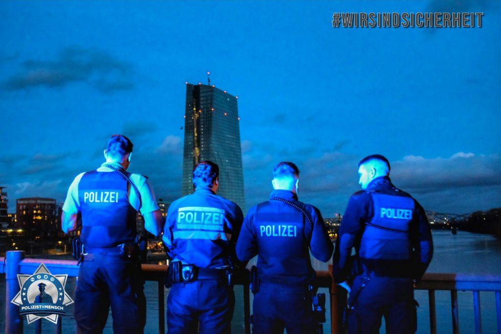 """""""Für eure Sicherheit unterwegs! Wir wünschen allen Kolleginnen & Kollegen einen ruhigen Dienst. Gruß vonder Direktion D610 aus Frankfurt am Main"""""""
