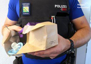 """Nur unter einer Bedingung: Dreijähriger übergibt Schnuller nur an """"echten Polizisten"""""""
